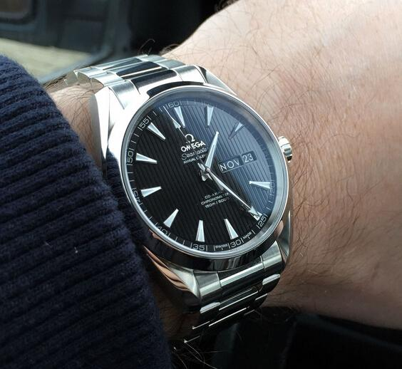 Replica Omega Seamaster Aqua Terra 150M Co-Axial Annual Calendar 231.10.43.22.01.002 Hands-on Review