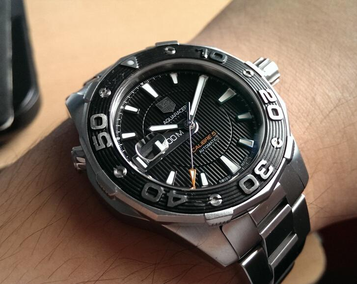 Replica TAG Heuer Aquaracer 500M Calibre 5 WAJ2110.BA0870 Hands-on Review