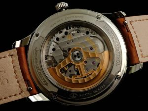 Buying Guide of Classic Replica Jaeger-LeCoultre Master Control Date Watches 3