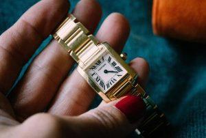 The Unboxing of A Replica Cartier Tank Français 18k Gold 20mm Watch 3