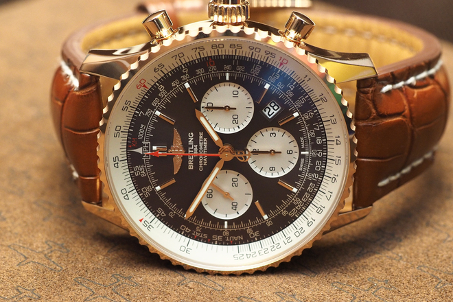 Breitling Navitimer Rattrapante 45 mm 18K Red Gold Replica Watch Review