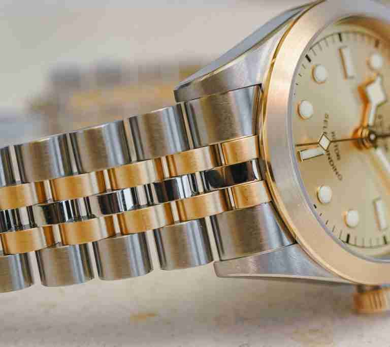 The Tudor Black Bay S&G Two-Tone Chronograph Replica Watches Buying Guide